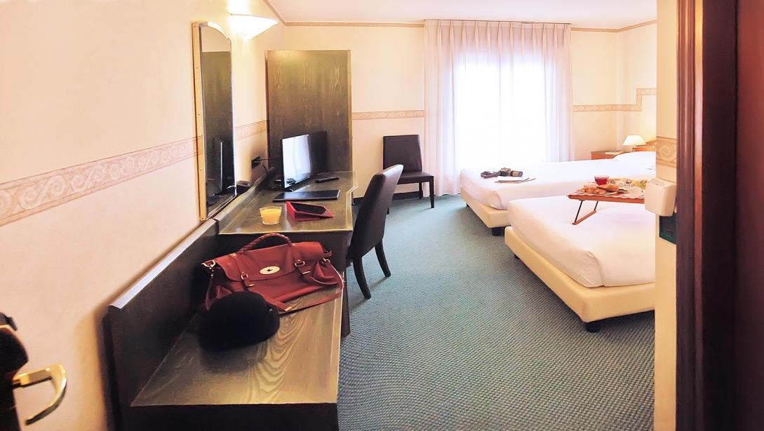 Hotel with economy rooms near Verona