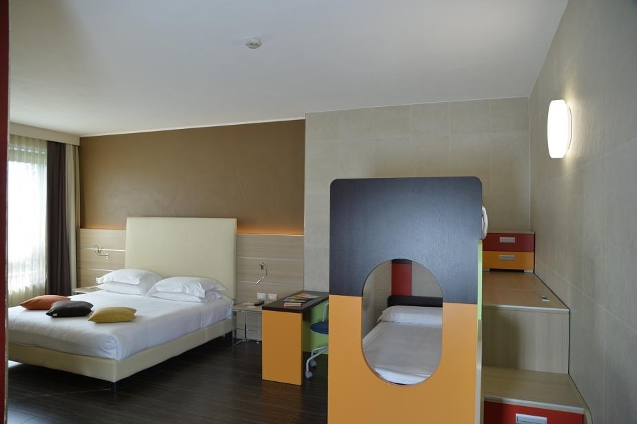 Ampie camere per ospitare tutte la famiglia vicino a Verona